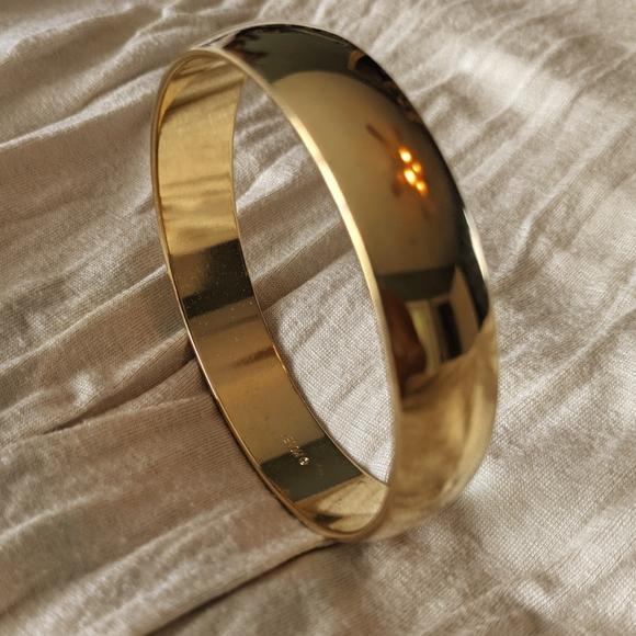 "Monet Gold tone 2 3/4"" Bracelet"